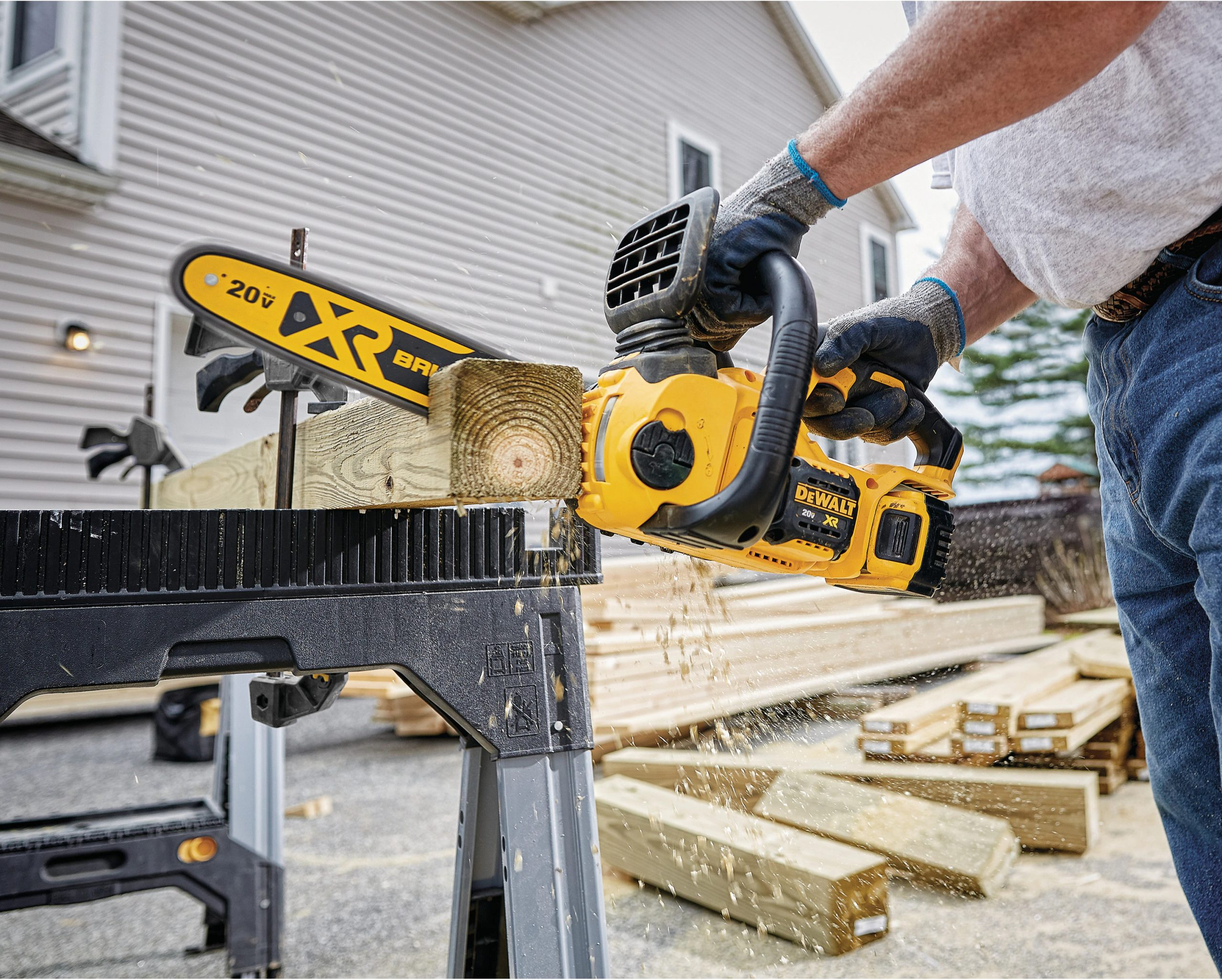 Battery-Powered Wood Cutter – 5 Great Options
